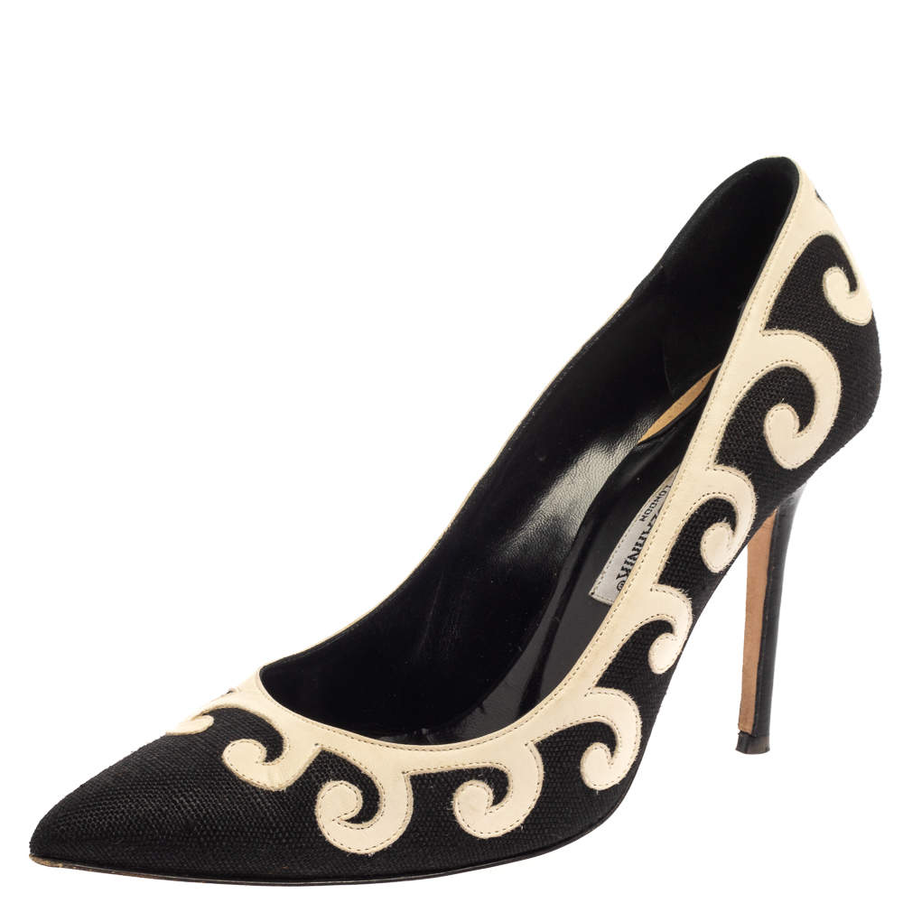 Manolo Blahnik Black/White Leather And Canvas  Pumps Size 39.5