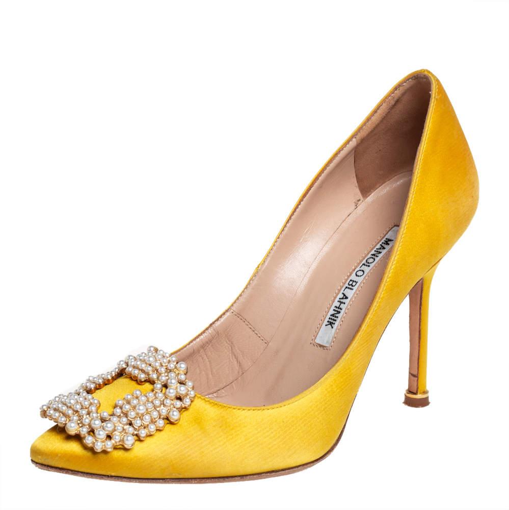 Manolo Blahnik Yellow Satin Hangisi Pumps Size 35