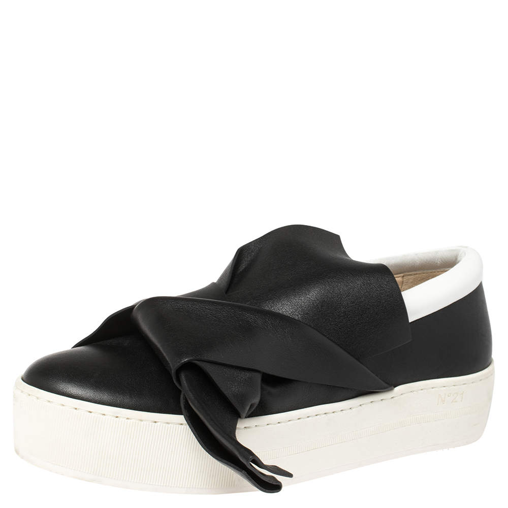 N21 Black/White Leather Knotted Bow Slip On Sneakers Size 38.5
