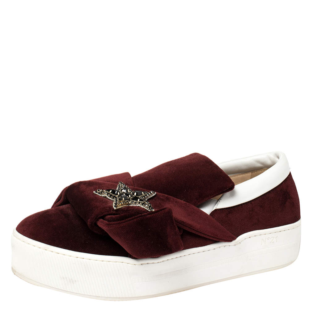 N21 Burgundy Velvet Bow Embellished Sneakers Size 39