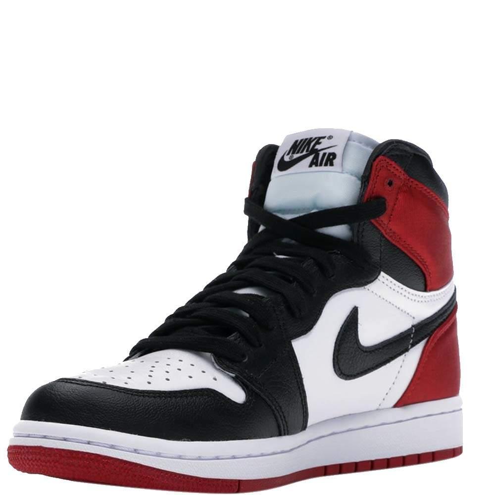 Nike Jordan 1 Retro High Satin Black Toe Sneakers Size US 7.5W (EU 38.5)