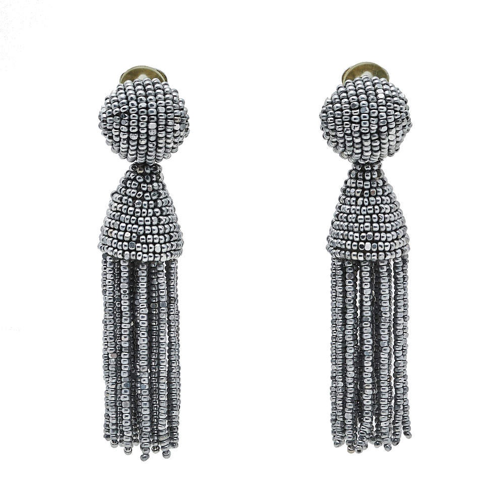 Oscar de la Renta Silver Beaded Short Tasseled Clip On Earrings