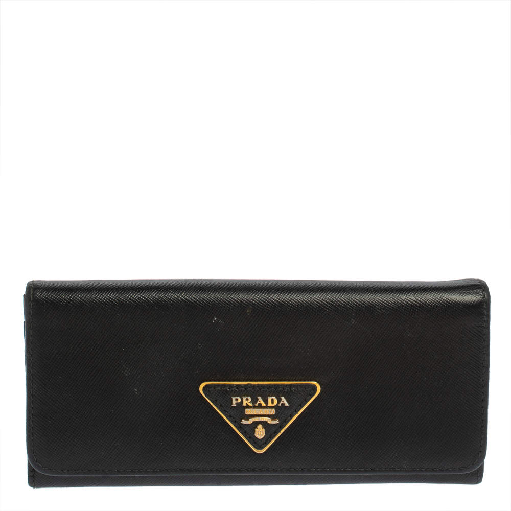 محفظة كونتينينتال برادا بقلاب جلد سافيانو أسود