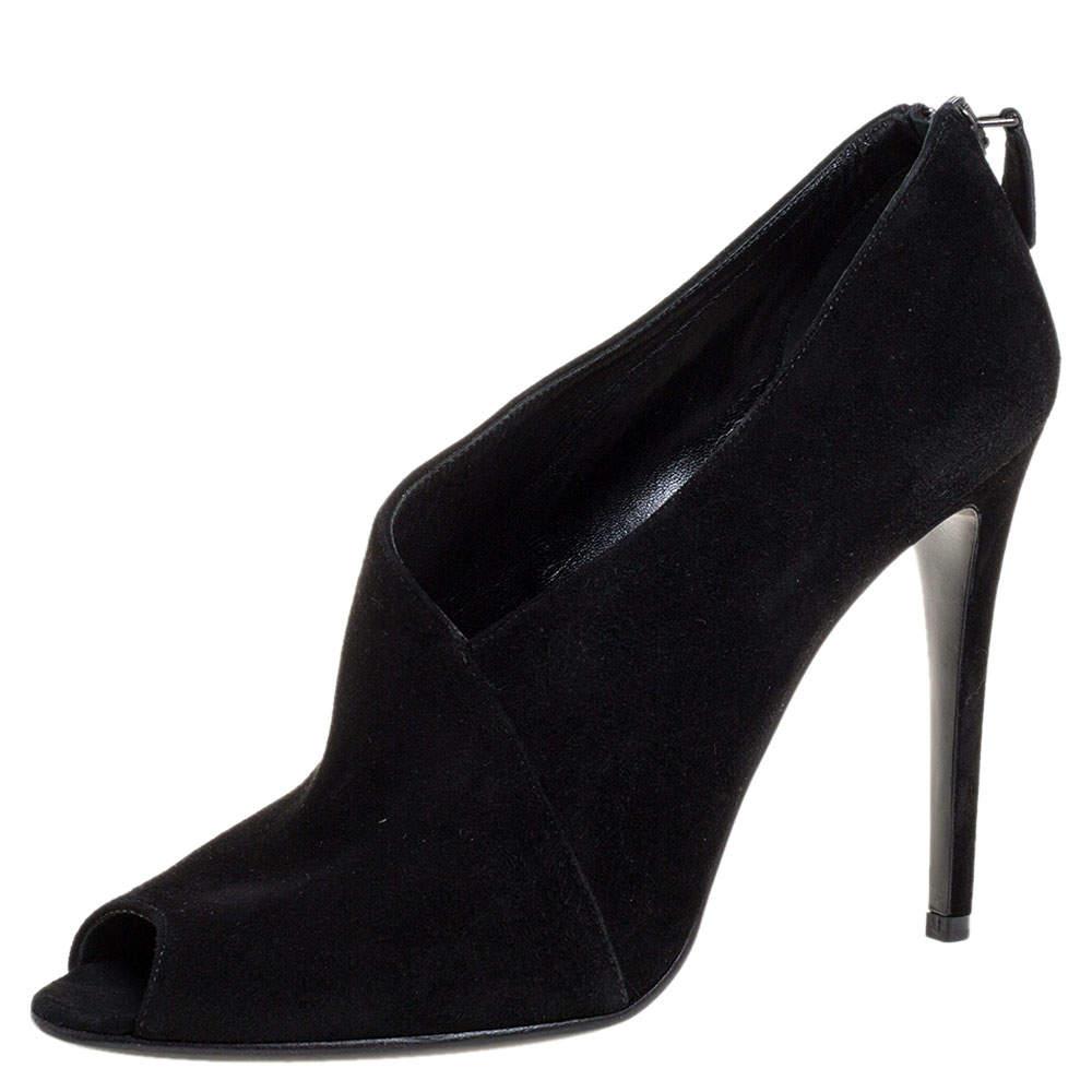 حذاء بوت كاحل برادا مقدمة مفتوحة جلد سويدى أسود مقاس 38.5