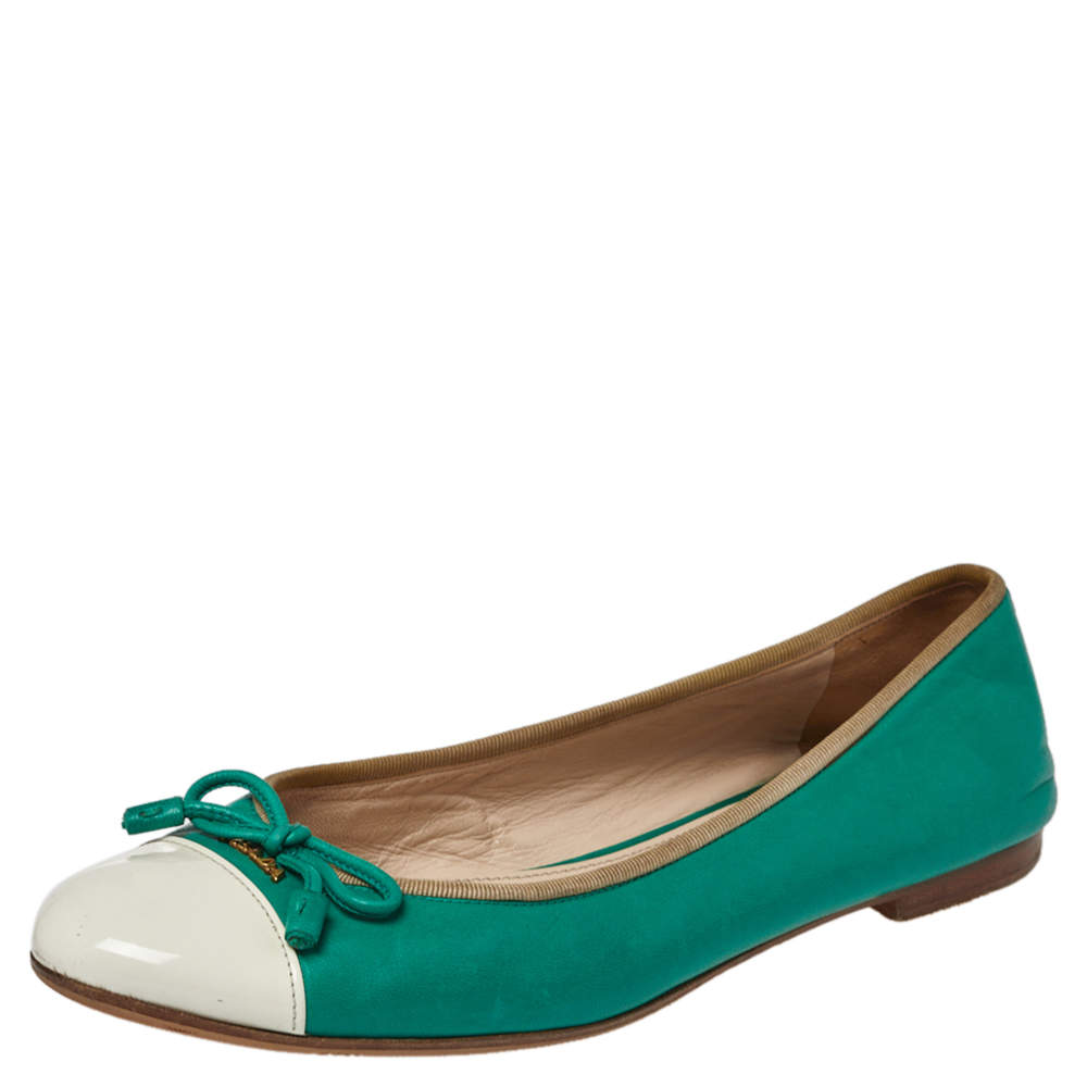 Prada Green/White Leather Bow Cap Toe Ballet Flats Size 38.5