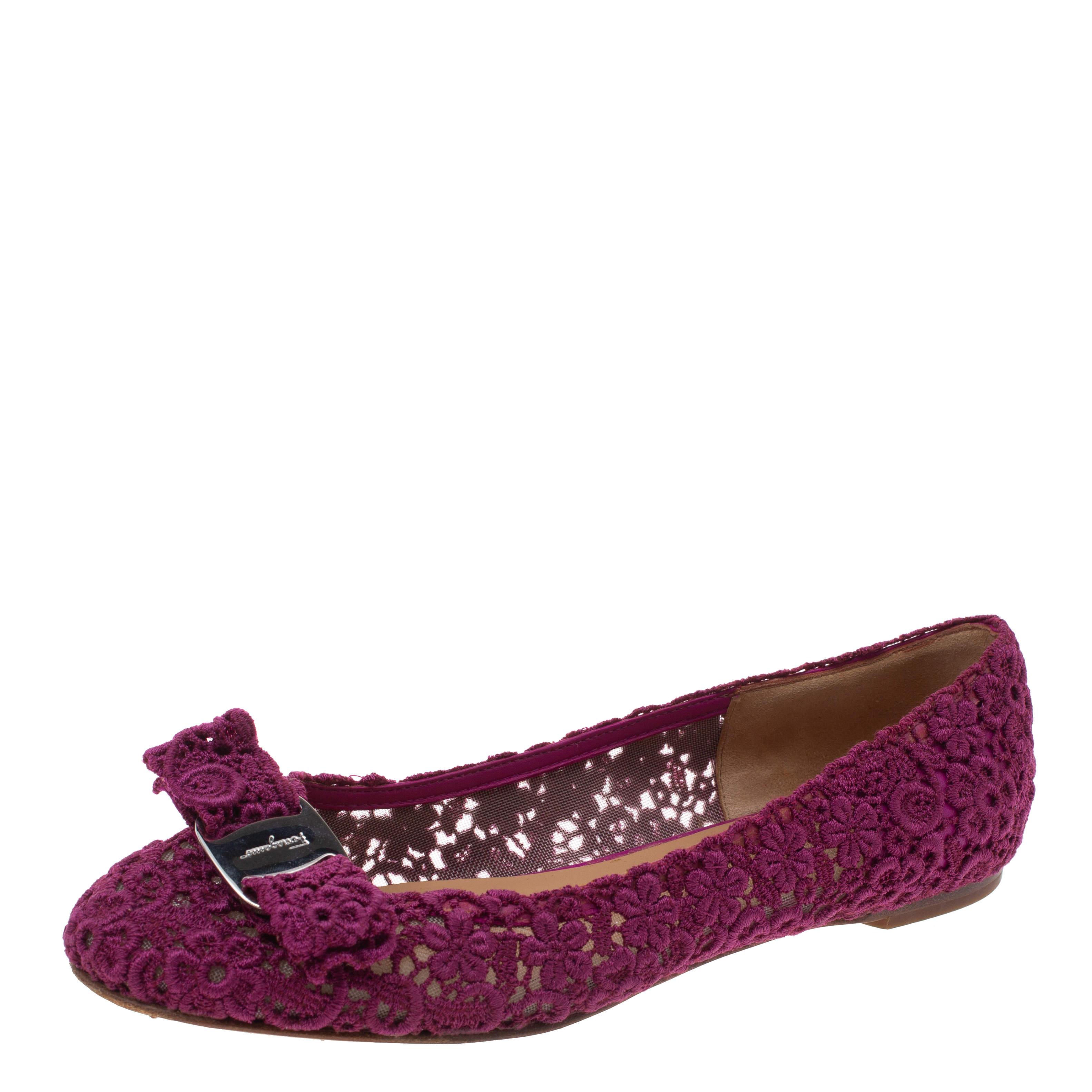 Salvatore Ferragamo Purple Floral Crochet Lace Estelle Bow Ballet Flat Size 37