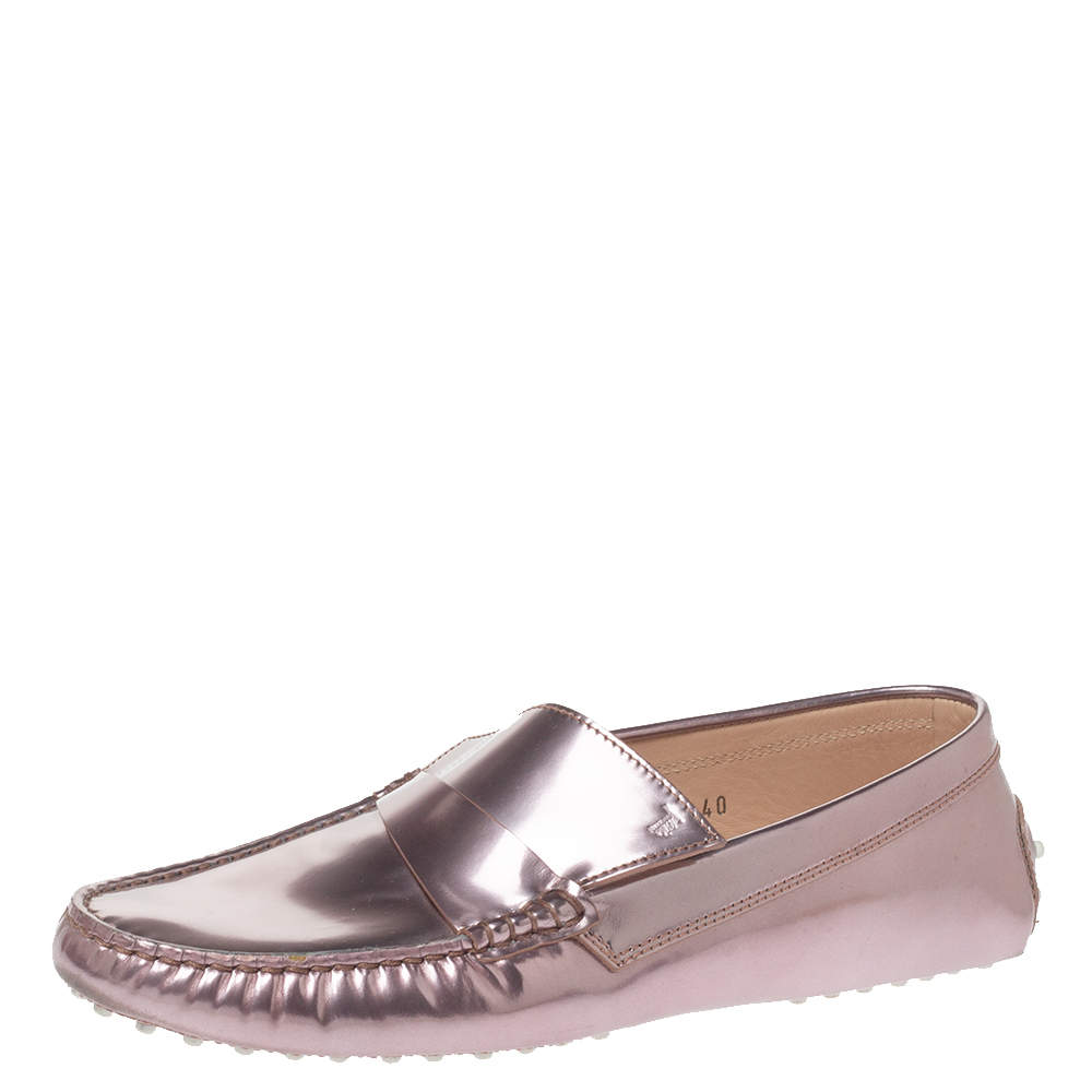 Tod's Metallic Pink Patent Leather Slip On Loafers Size 40