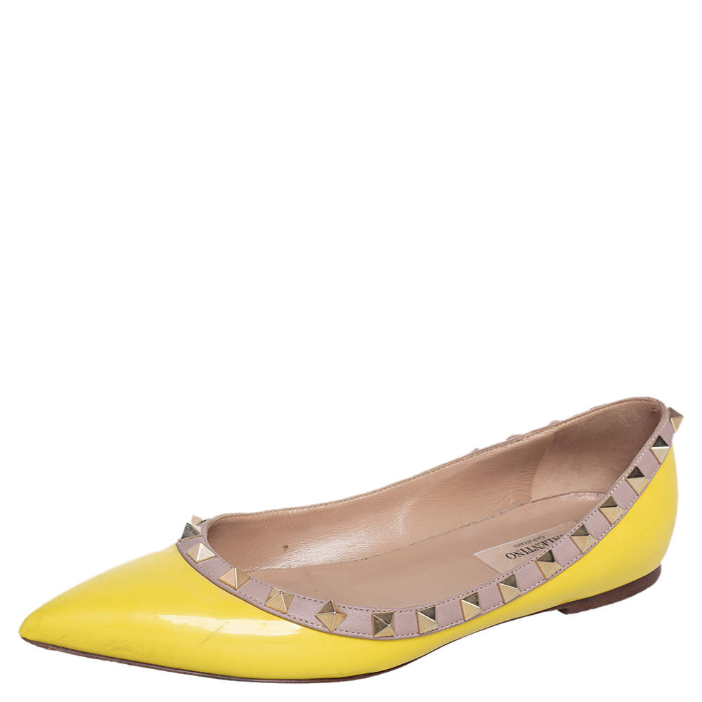 Valentino Beige/Yellow Patent Leather Rockstud Ballet Flats Size 36