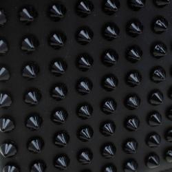محفظة كريستيان لوبوتان باروس مرصعة مسامير جلد سوداء