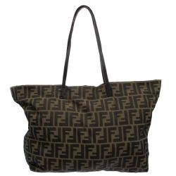3cc91e7bb946 Buy Authentic Pre-Loved Fendi Handbags for Women Online