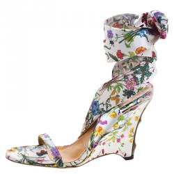 36cfae153 Gucci Floral Printed Satin Ankle Strap Wedge Sandals Size 38.5