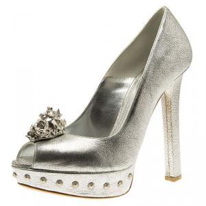 Alexander McQueen Metallic Silver Skull Embellished Peep Toe Platform Pumps Size 37