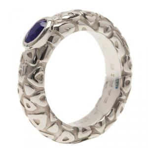 Chaumet Blue Sapphire Embossed White Gold Band Ring Size 54.5