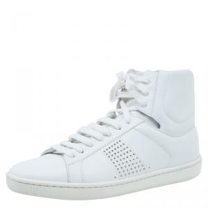 حذاء رياضي سان لوران باريس جلد أبيض مرصع بعنق مرتفع مقاس 38