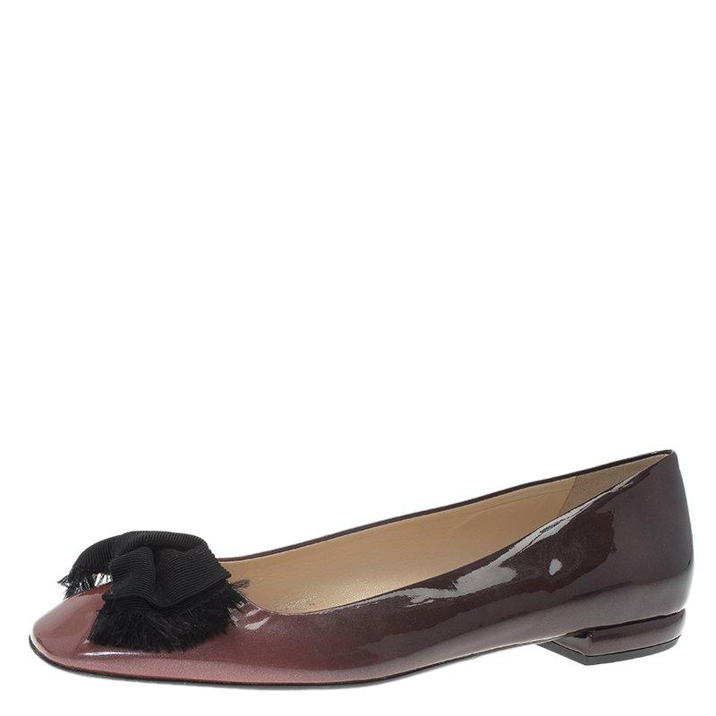 Buy Prada Burgundy Patent Bow Ballet Flats Size 39.5 62385 at best ... 1d27db00bf