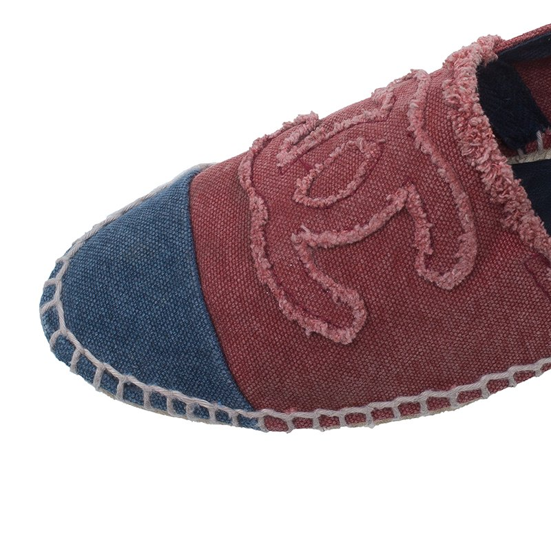 Chanel Red and Blue Canvas CC Logo Espadrilles Size 38