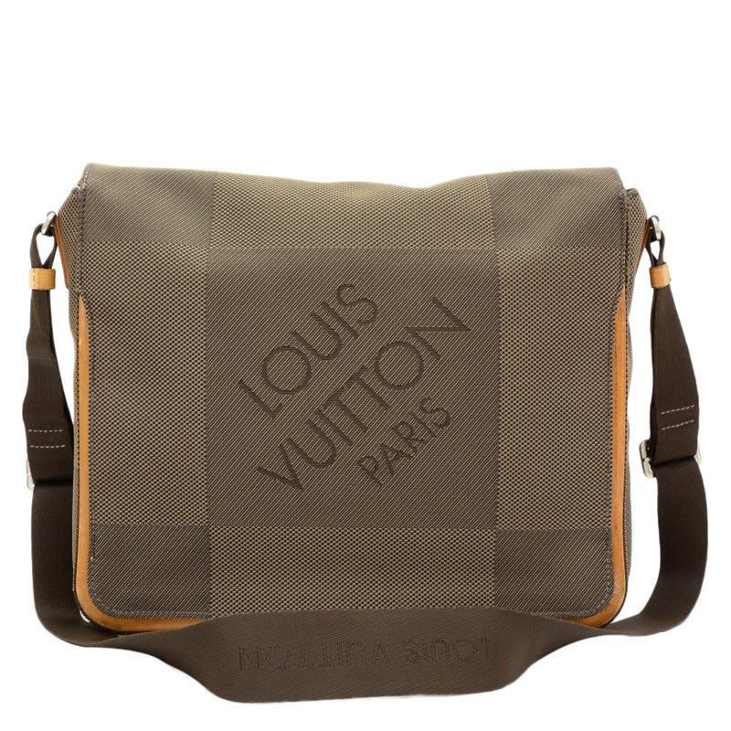 2cf08215e ... Louis Vuitton Terre Damier Geant Canvas Messenger Bag. nextprev.  prevnext