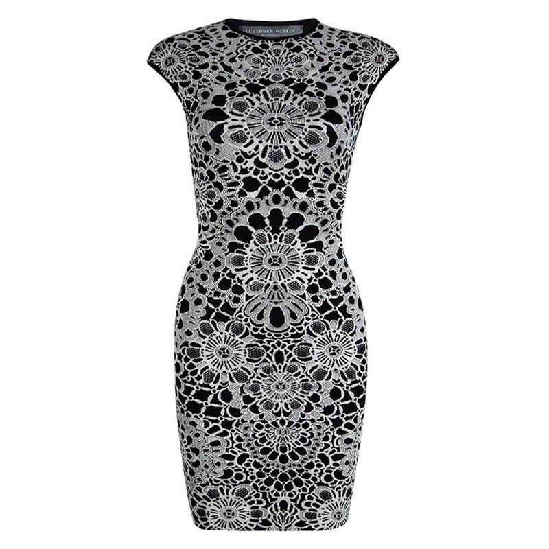 b71ec4d6ddf ... Alexander McQueen Monochrome Floral Jacquard Knit Sleeveless Bodycon  Dress XS. nextprev. prevnext