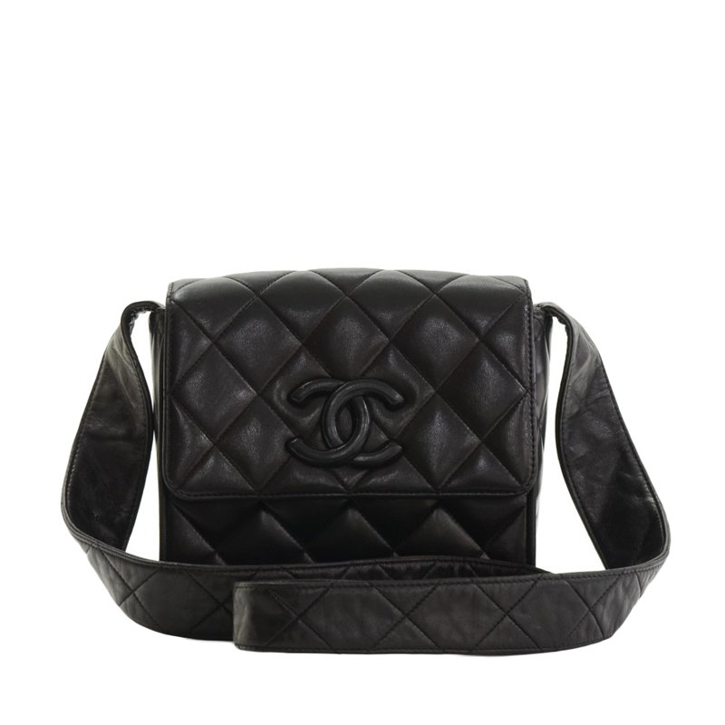 110a69e85f08 ... Chanel Vintage Black Quilted Lambskin Leather CC Shoulder Bag.  nextprev. prevnext