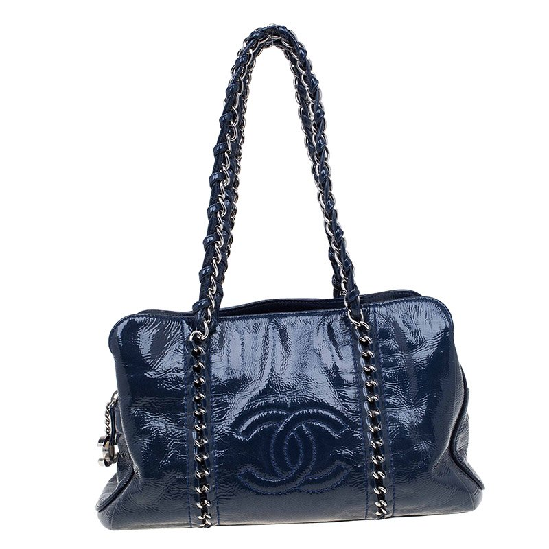 Buy Chanel Navy Blue Glazed Leather Modern Chain Tote 70815 at best ...