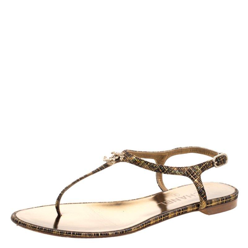 d513d45cd30 ... Chanel Black Metallic Suede Crystal CC Thong Flat Sandals Size 37.5.  nextprev. prevnext