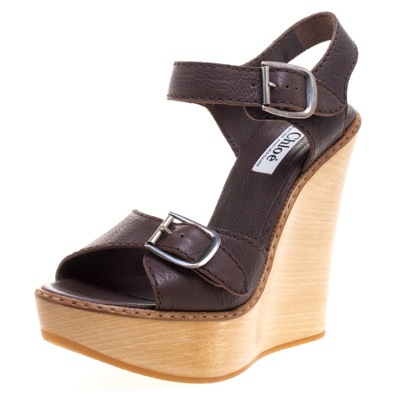 d4b4ed4b989655 ... Chloe 60th Anniversary Brown Leather Heritage Wooden Wedge Sandals Size  40. nextprev. prevnext