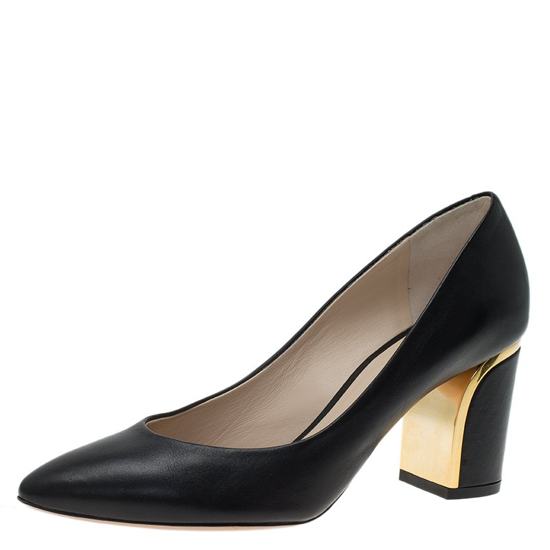 f70f9ca65cd6 Buy Chloe Black Leather Beckie Pumps Size 36 58363 at best price