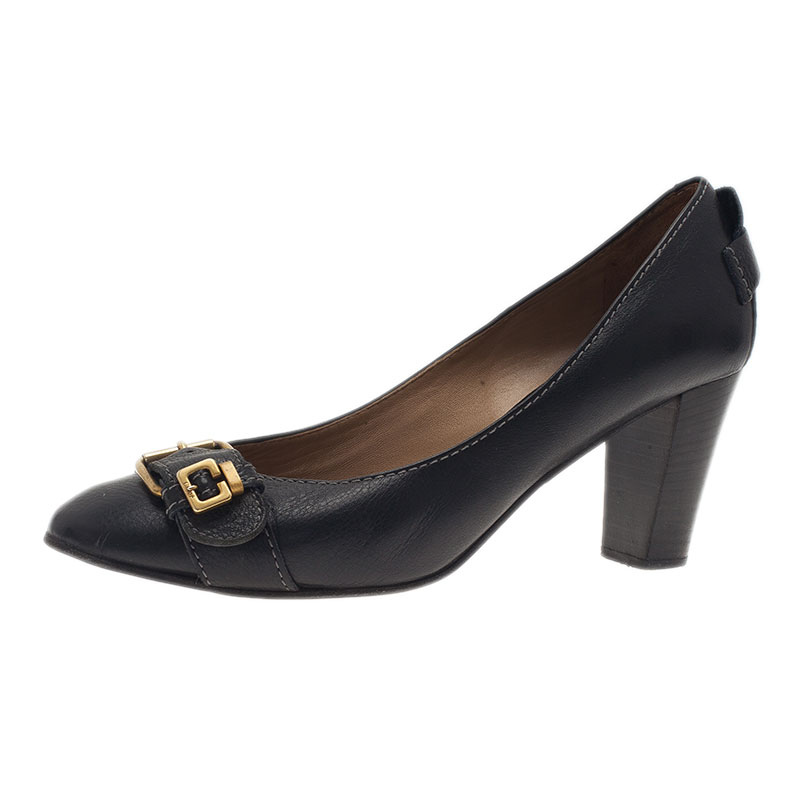 Chloe Black Leather Gold Buckle Pumps Size 39.5