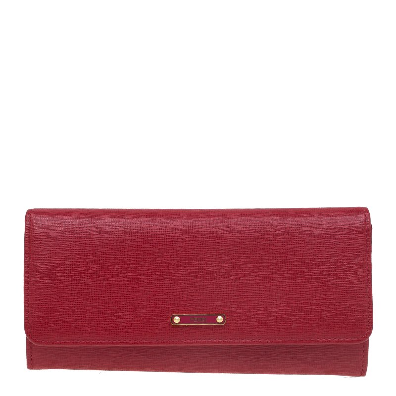 357e4c3eba Buy Fendi Red Leather Crayons Continental Wallet 55253 at best price ...
