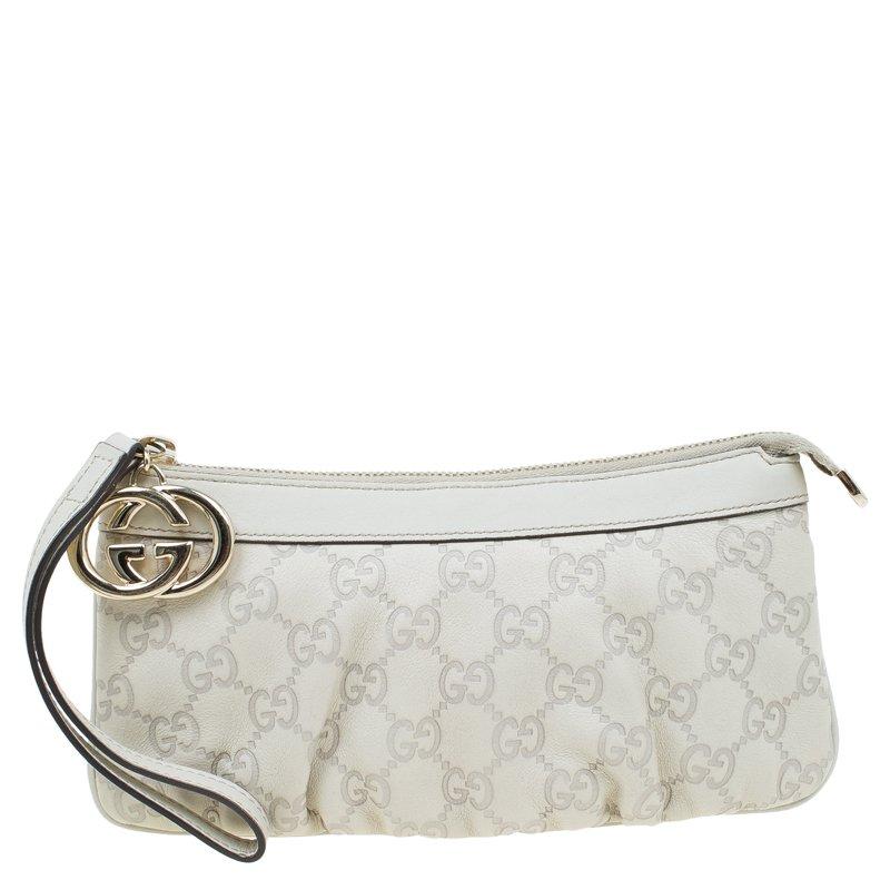 c38f0d6176a Buy Gucci Off White Guccissima Leather Interlocking G Wristlet Pouch ...