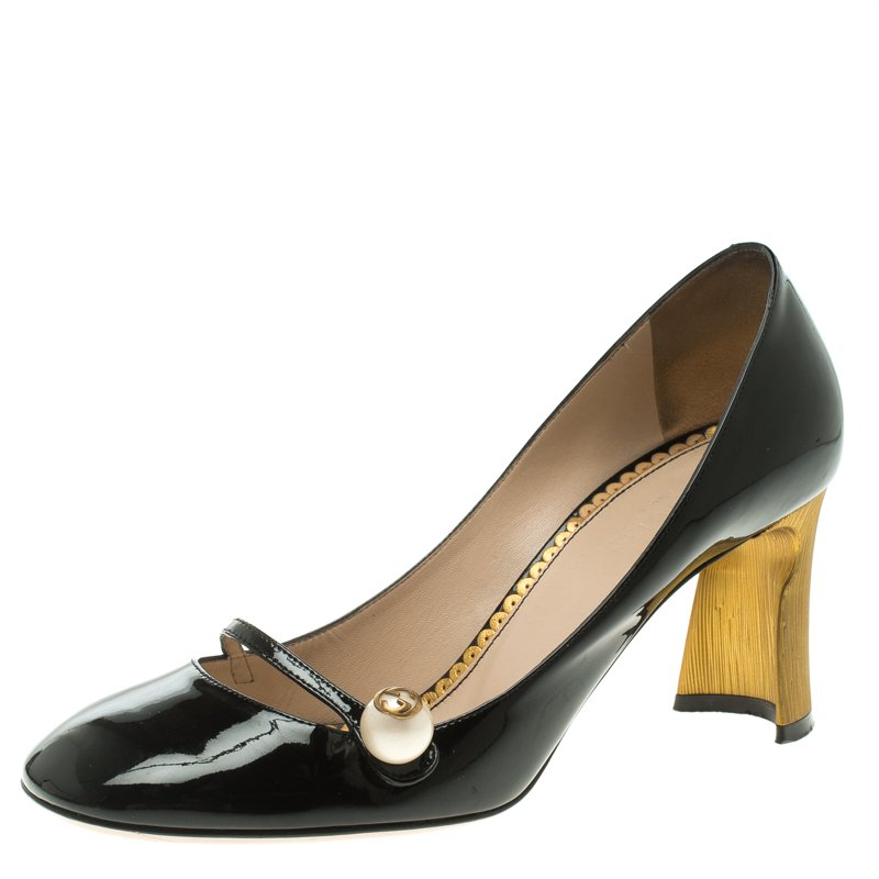c59772dab ... Gucci Black Patent Leather Mary Jane Pumps Size 38.5. nextprev. prevnext