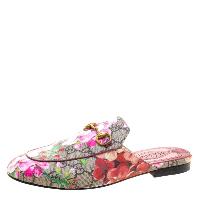 49de42d460d6 Buy Gucci Floral Print GG Supreme Canvas Tian Princetown Slippers ...