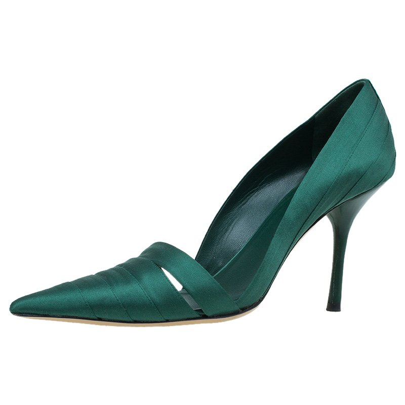 37c3e4ac81c7 Buy Gucci Green Satin Pointed Toe Pumps Size 38 46778 at best price ...
