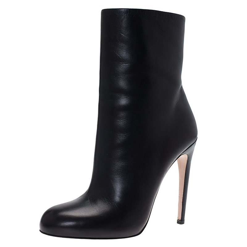 Gucci Black Leather Ankle Boots Size 39