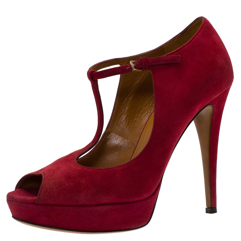 feddf2f12 Buy Gucci Red Suede Betty T-Strap Platform Pumps Size 37.5 81400 at ...