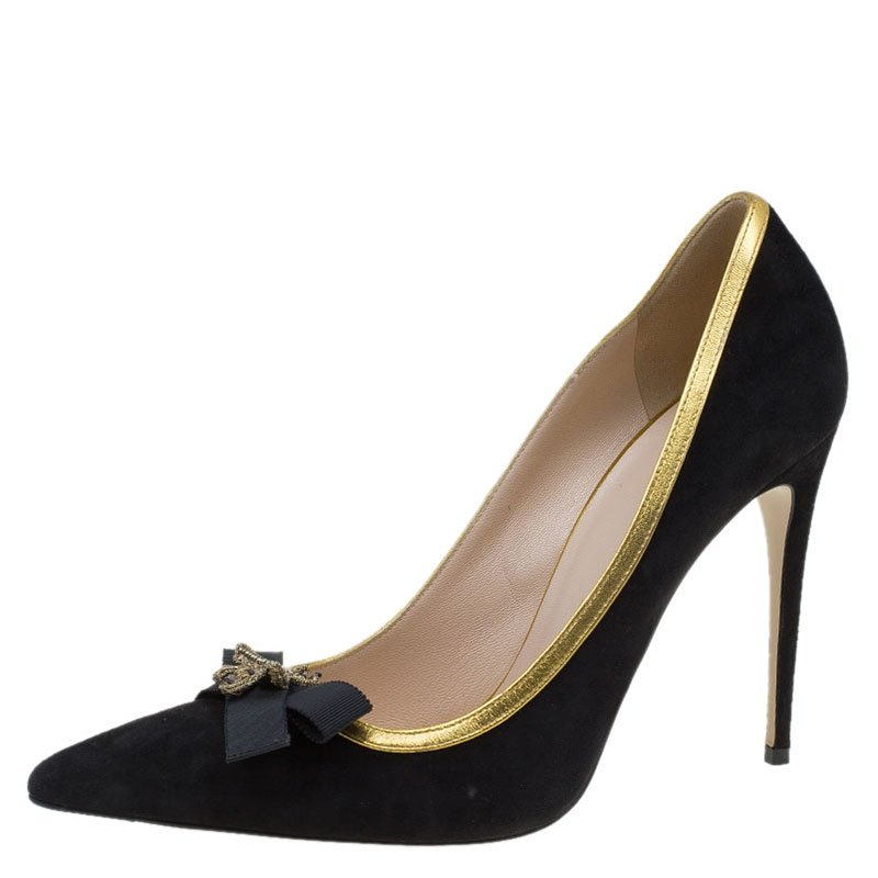 d5376d31baa6 Buy Gucci Black Suede Bow and Bee Embellishment Pointed Toe Pumps ...