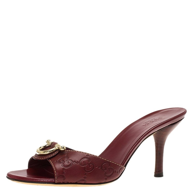 f75826ebc43b Buy Gucci Red Guccissima Leather Slides Size 35.5 87768 at best ...