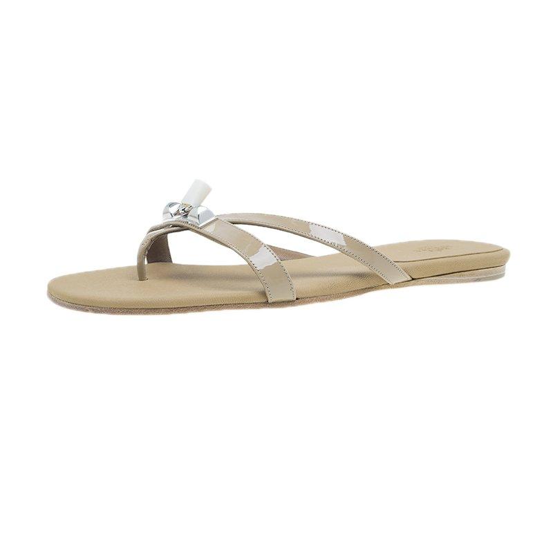 f428bdad3f4d ... Hermes Beige Patent Corfou Thong Sandals Size 40. nextprev. prevnext