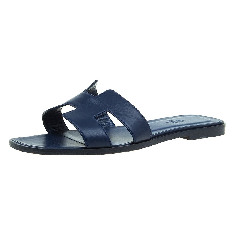 6ce94ebfe3de Buy Hermes Navy Blue Leather Oran Sandals Size 39 47454 at best ...