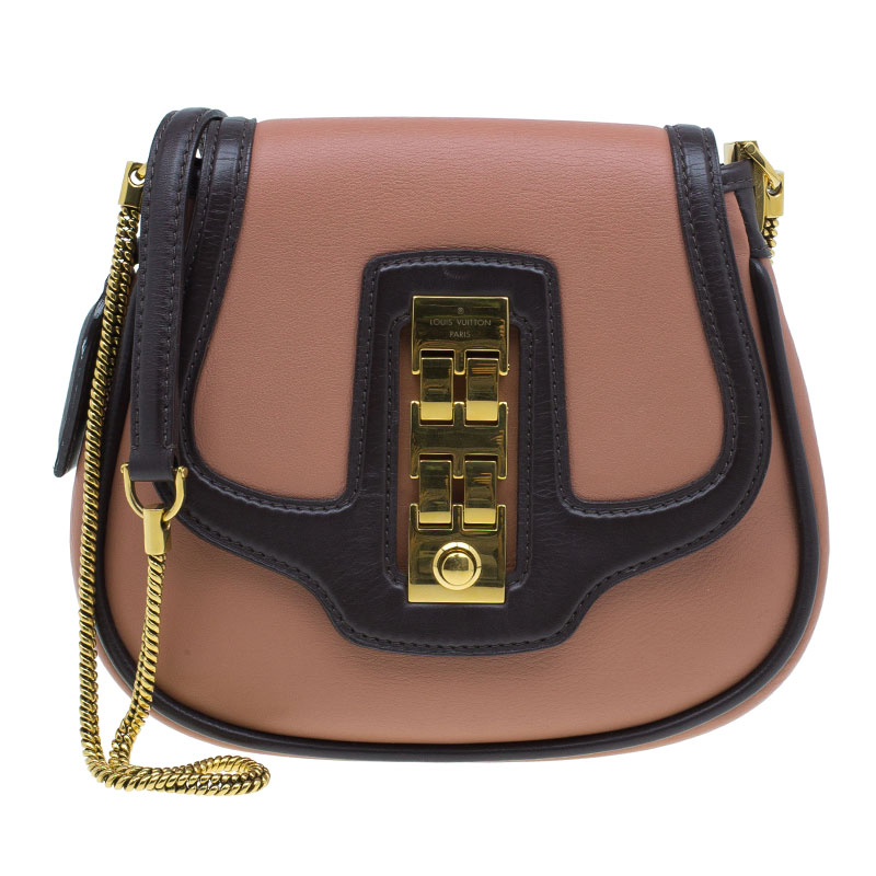 e12710cc8ba89 ... Louis Vuitton Vieux Rose Leather Trapezio Art Deco Shoulder Bag.  nextprev. prevnext