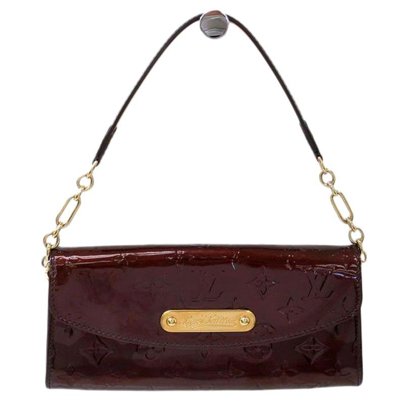 f2ebc173e8e04 Buy Louis Vuitton Amarante Monogram Vernis Sunset Boulevard Clutch ...
