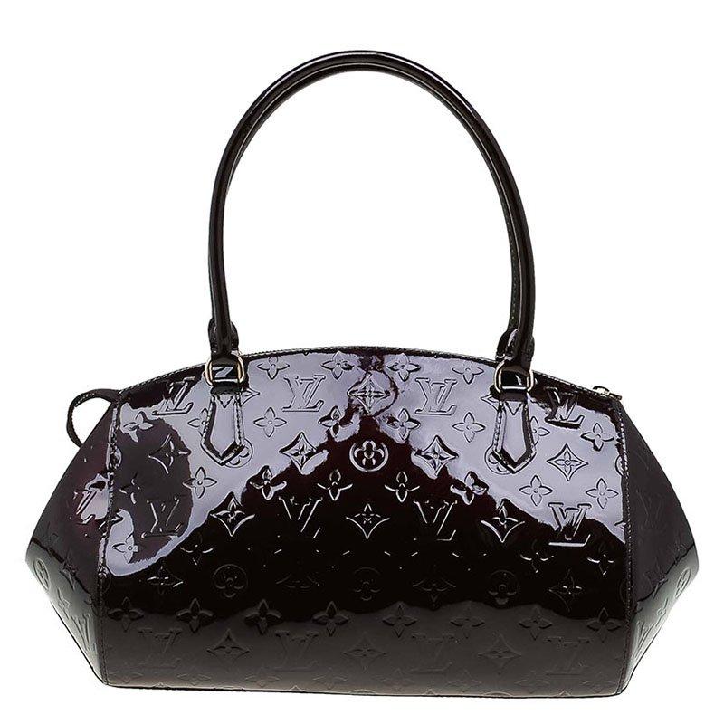 281c43f808b3 ... Louis Vuitton Amarante Monogram Vernis Sherwood GM Bag. nextprev.  prevnext