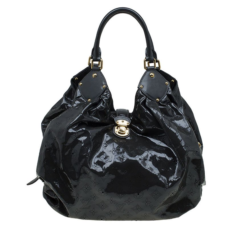 d6c06ca068b3 ... Louis Vuitton Grey Mahina Patent Leather Limited Edition Surya XL Bag.  nextprev. prevnext