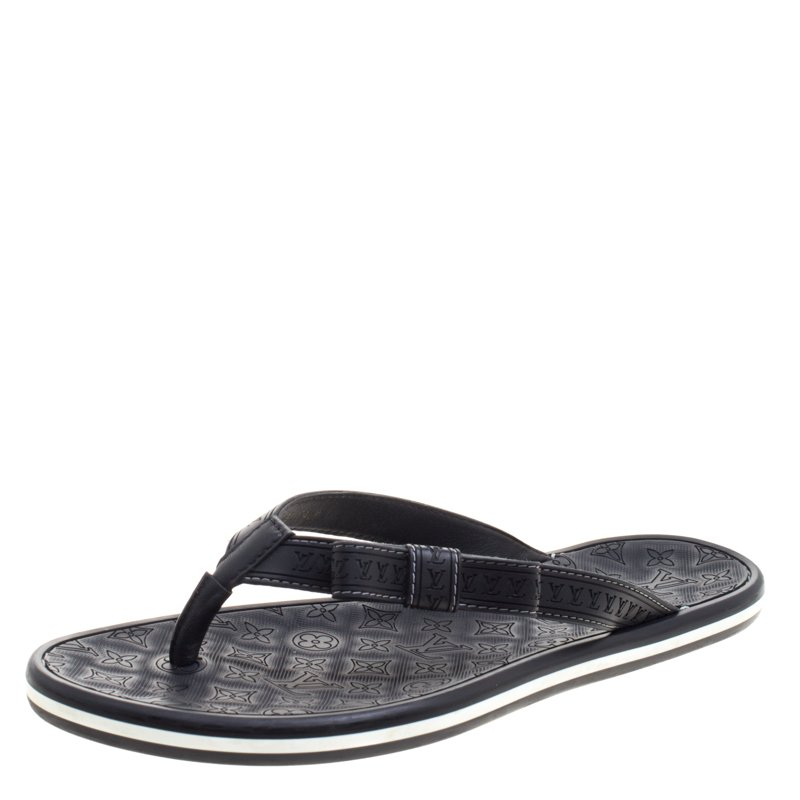 617f296fdf85 Buy Louis Vuitton Black Monogram Rubber Bow Thong Flat Sandals Size ...