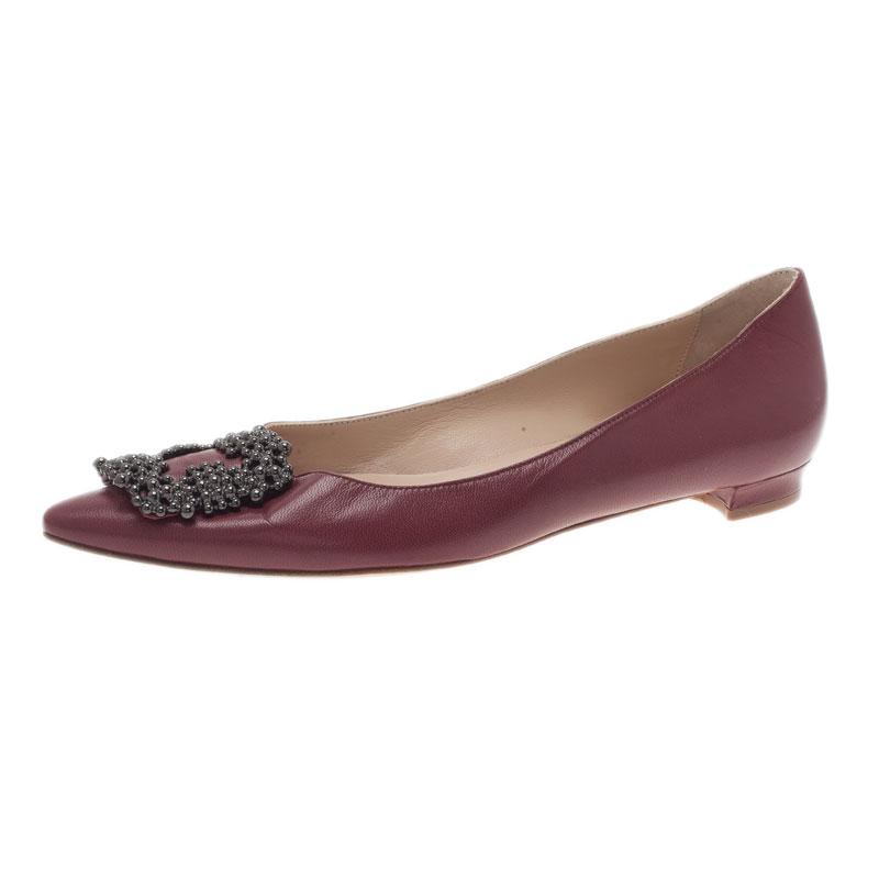6b230b066855a Buy Manolo Blahnik Burgundy Leather Hangisi Ballet Flats Size 38.5 ...