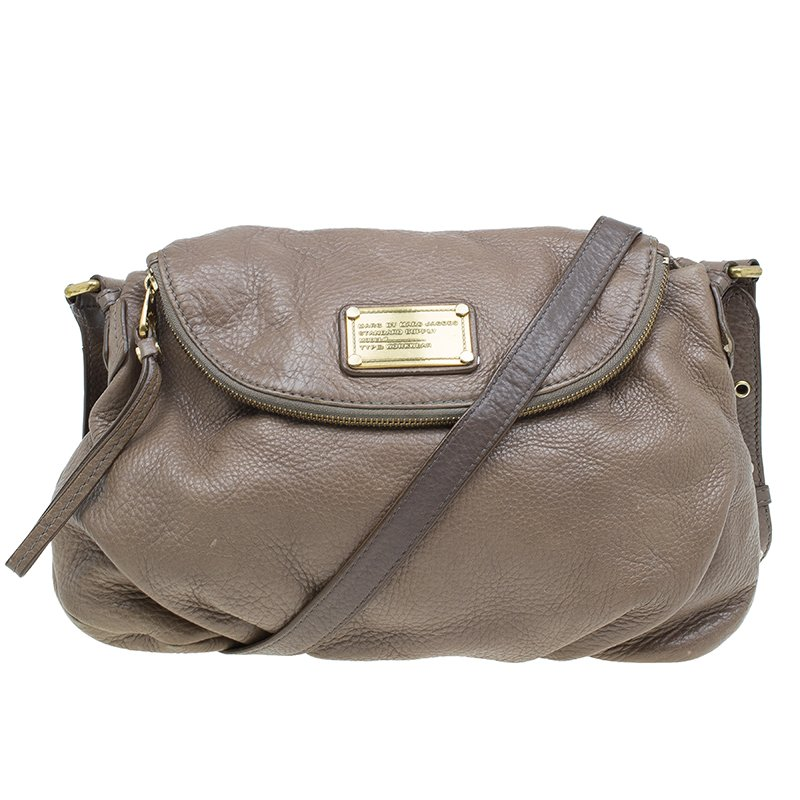 8aaf58c289f5 ... Marc Jacobs Brown Leather Classic Q Natasha Crossbody Bag. nextprev.  prevnext