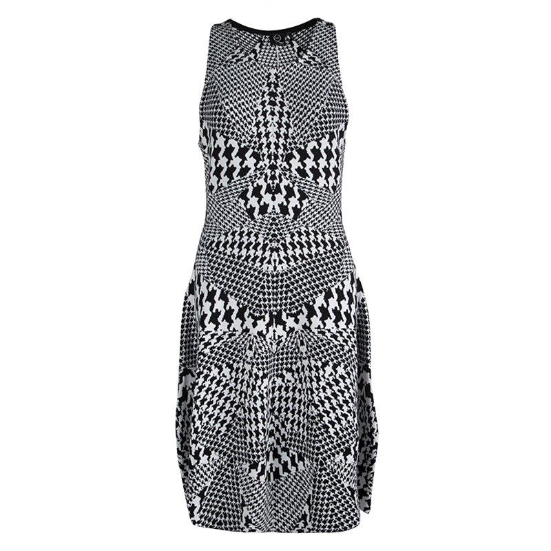 2f18197cd24 ... Alexander McQueen Monochrome Houndstooth Knit Sleeveless Dress XL.  nextprev. prevnext