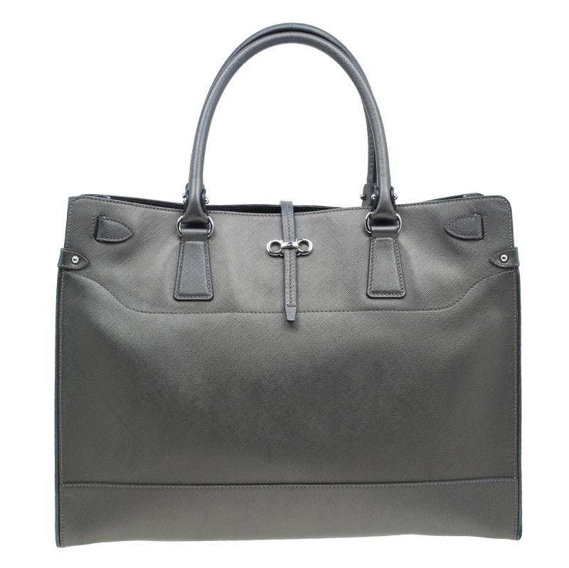 b3ba1721e5b3 ... Salvatore Ferragamo Metallic Grey Leather Large Briana Tote. nextprev.  prevnext