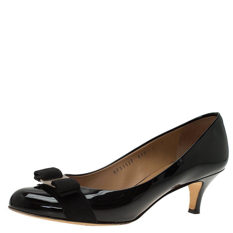 3e602070eae44 ... Salvatore Ferragamo Black Patent Vara Bow Carla Pumps Size 39.  nextprev. prevnext