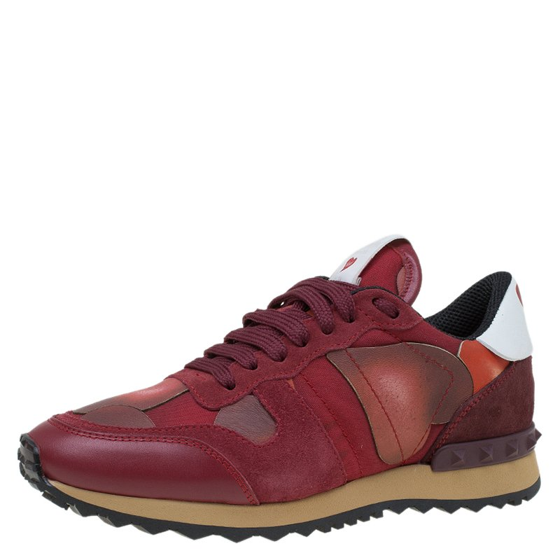 d1f51a0fda9ad Buy Valentino Red Suede and Leather Rockrunner L'Amour Sneakers Size ...